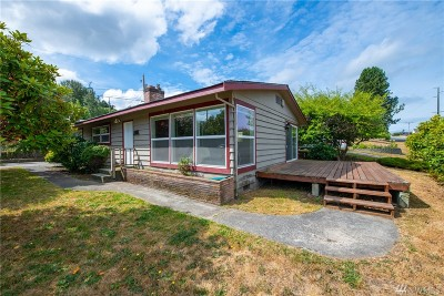 Anacortes Single Family Home For Sale: 1302 Hartford