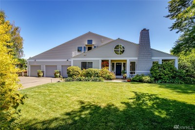 Bainbridge Island Single Family Home For Sale: 7596 NE Meadowmeer Lane