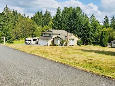 Lake Stevens Single Family Home Contingent: 12021 Purple Pennant Rd