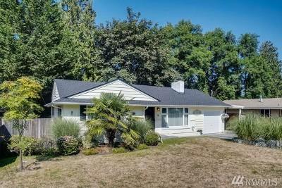 Kent Single Family Home For Sale: 719 Van De Vanter Ave