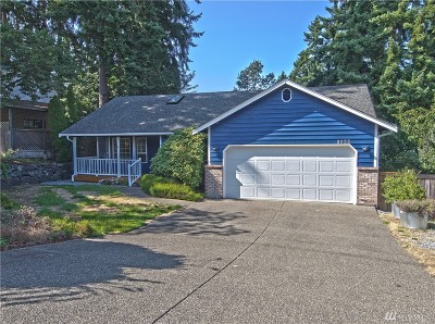 Lakewood Single Family Home For Sale: 9933 98th St SW