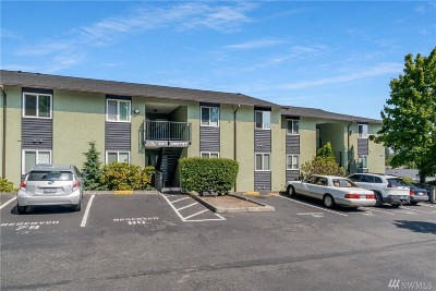 Everett Condo/Townhouse For Sale: 615 75th St SE #D-76