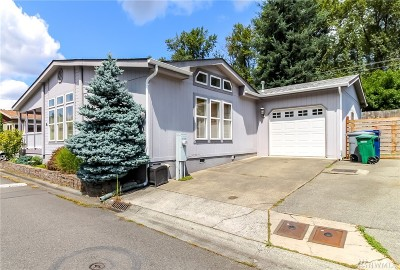 Renton Single Family Home For Sale: 15400 155th Place SE