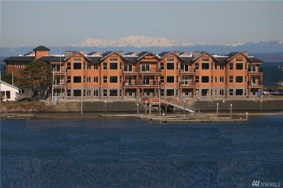 Grays Harbor County Condo/Townhouse For Sale: 743 Neddie Rose Dr #307