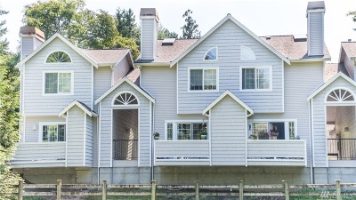 Issaquah Condo/Townhouse For Sale: 601 12th Ave NW #A3