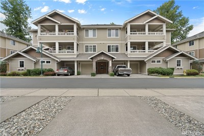 Redmond Condo/Townhouse For Sale: 23924 NE 115th Lane #201