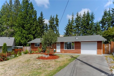 Lynnwood Single Family Home For Sale: 2425 197th Place SW