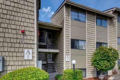 Renton Condo/Townhouse For Sale: 2020 Grant Ave S #A 302
