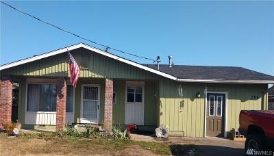 Rainier Single Family Home Pending: 206 Olympia St W