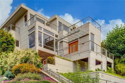 Seattle Single Family Home For Sale: 321 Lake Washington Blvd