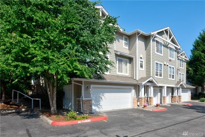 Issaquah Condo/Townhouse For Sale: 5345 237th Ter SE #19-1