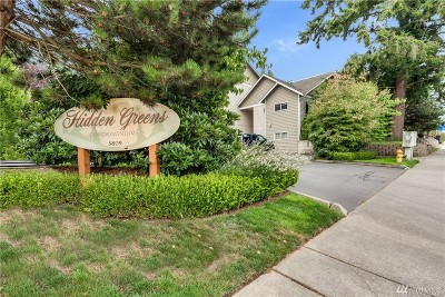 Everett Condo/Townhouse For Sale: 5809 Highway Place #A303
