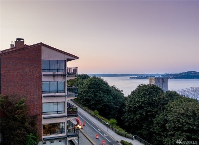Tacoma Condo/Townhouse For Sale: 35 Broadway #1