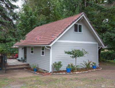 Single Family Home For Sale: 14961 NE North Shore Rd