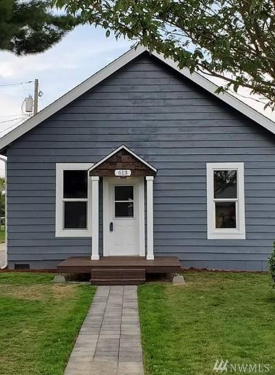 Burlington Single Family Home For Sale: 613 E Rio Vista Ave