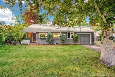 Bellevue Single Family Home For Sale: 10616 NE 14th St