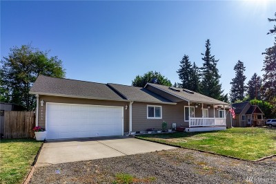 Yelm Single Family Home Pending Inspection: 17633 154th Ave SE