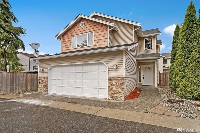 Lynnwood Condo/Townhouse For Sale: 3732 156th Place SW #L