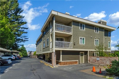 Shoreline Condo/Townhouse For Sale: 935 N 200th St #A102