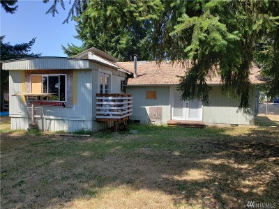 Yelm Single Family Home For Sale: 16511 Suntree Ct SE