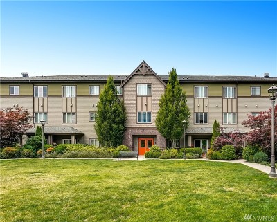 Issaquah WA Condo/Townhouse For Sale: $420,000