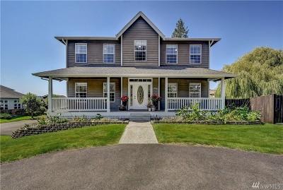 Lake Stevens Single Family Home For Sale: 1106 122nd Ave NE