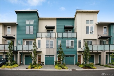 Lake Forest Park Condo/Townhouse For Sale: 3531 NE 146th Place