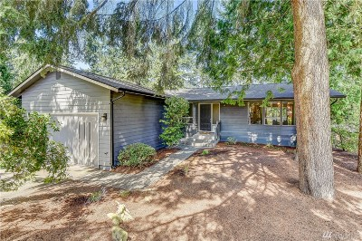 Lynnwood Single Family Home For Sale: 5819 172nd Place SW