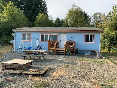 Winlock Single Family Home For Sale: 104 Johnson Rd
