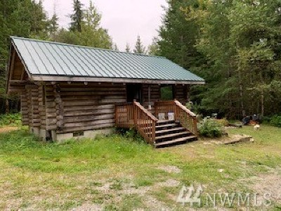 Skagit County Single Family Home For Sale: 61791 Cascade River Rd