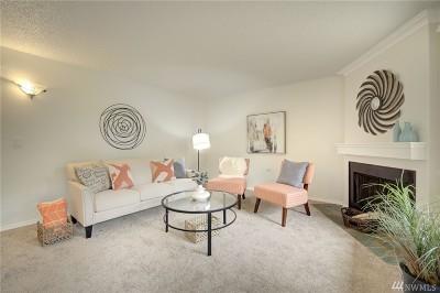 Bellevue Condo/Townhouse For Sale: 16240 NE 12th Ct #B-13