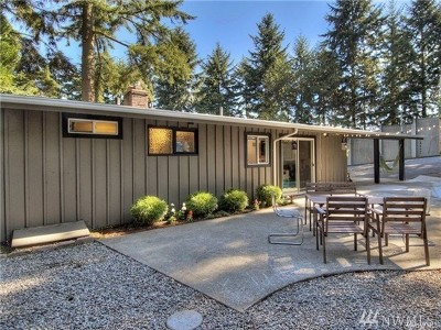 Shoreline Single Family Home For Sale: 737 NE 204th St