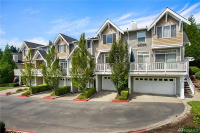 Issaquah Condo/Townhouse For Sale: 23120 SE Black Nugget Rd #A5