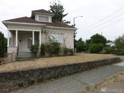 Single Family Home For Sale: 5602 S Pine St