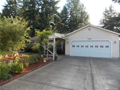 Rainier Single Family Home For Sale: 720 Golphnee Lp SE