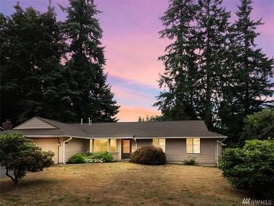 Redmond Single Family Home For Sale: 9404 171 Ave NE