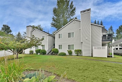 Everett Condo/Townhouse For Sale: 11712 Admiralty Wy #H