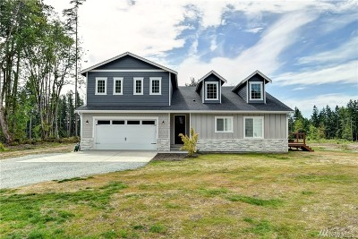 Stanwood Single Family Home For Sale: 19124 86th Dr NW