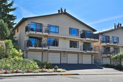 Edmonds Condo/Townhouse For Sale: 517 4th Ave S #A