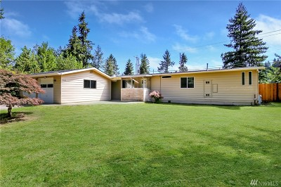 Maple Valley Single Family Home For Sale: 21858 SE 251st Place