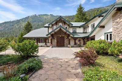 Chelan County Single Family Home For Sale: 12805 Spring St