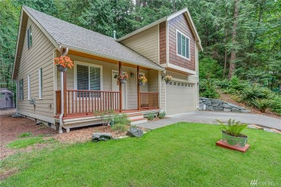 Bellingham Single Family Home For Sale: 10 Wisteria Lane