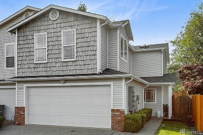 Lynnwood Condo/Townhouse For Sale: 3225 156th St SW #6