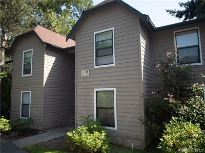 Redmond Condo/Townhouse For Sale: 13801 Old Redmond Rd #B104