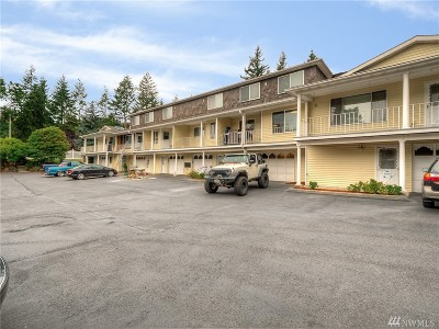 Federal Way Condo/Townhouse For Sale: 32705 1st Place S #232
