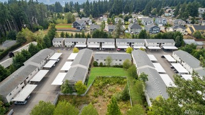Bonney Lake Condo/Townhouse For Sale: 8403 Locust Ave E #E3