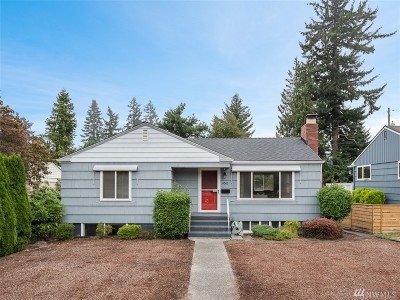 Seattle Single Family Home For Sale: 4042 50th Ave SW
