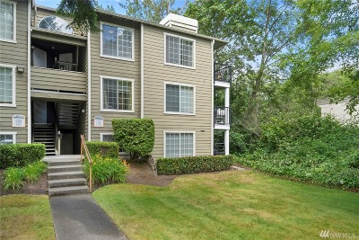 Federal Way Condo/Townhouse For Sale: 28716 18th Ave S #Y304
