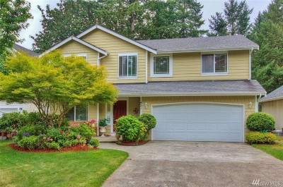 Olympia Single Family Home For Sale: 821 Sarah Ct NW