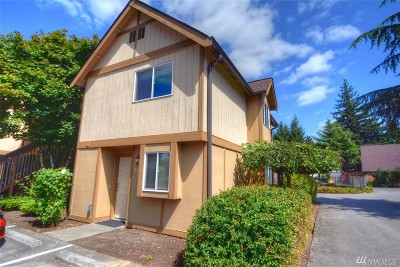 Tumwater Condo/Townhouse For Sale: 220 Israel Road SW #M5